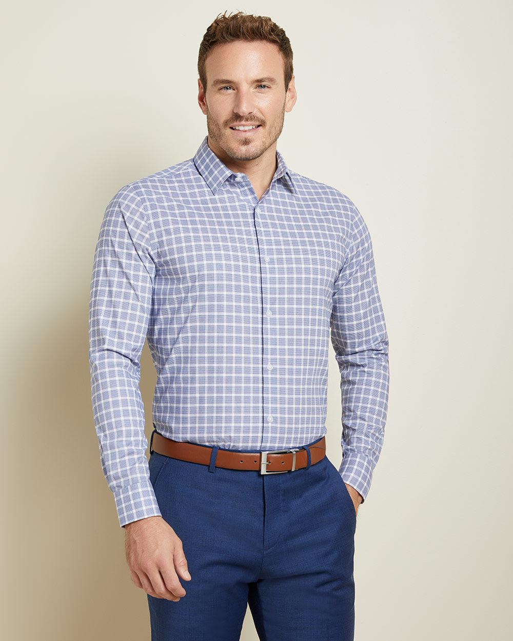 Athletic Fit checkered performance dress shirt - Short