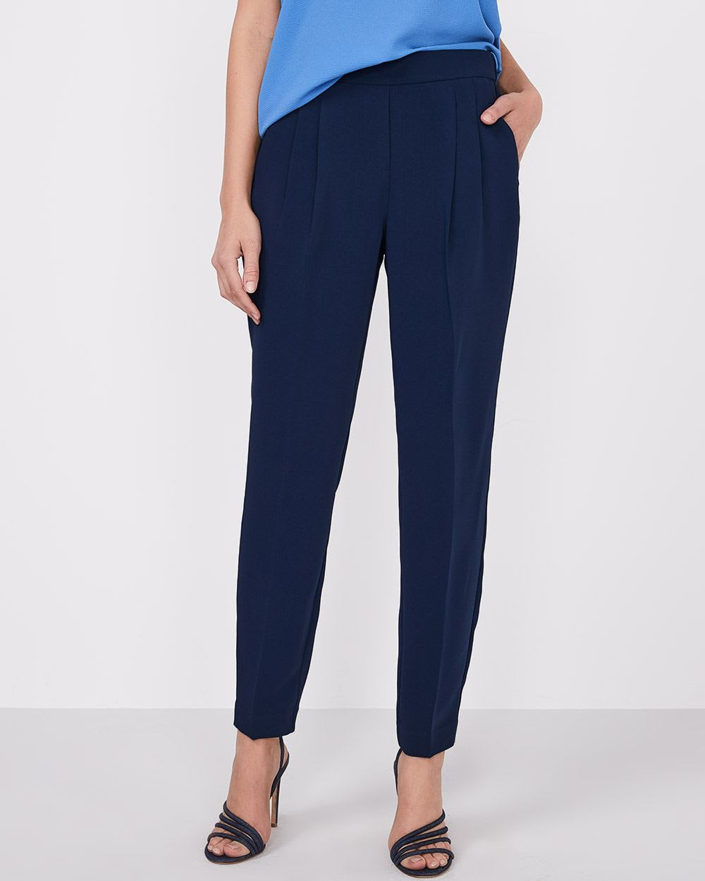 Pleated Ankle-length Pant