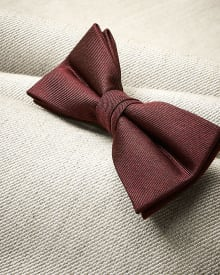 Classic dark red bow tie