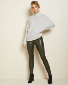 C&G Nepped batwing sweater