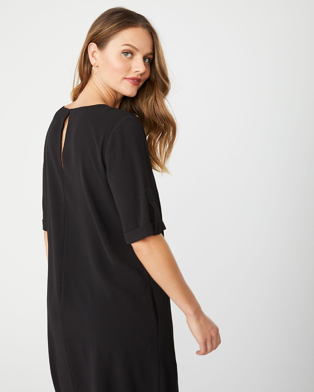 Short sleeve shift dress with button details