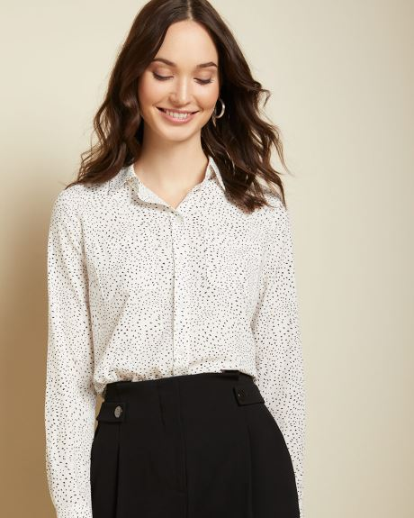 Long sleeve stretch button-down blouse