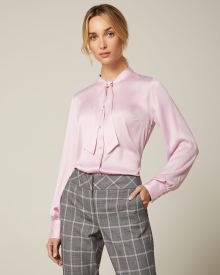 Long sleeve Button-down blouse with neck-tie