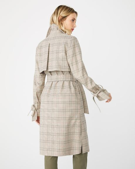 Supple plaid trench coat