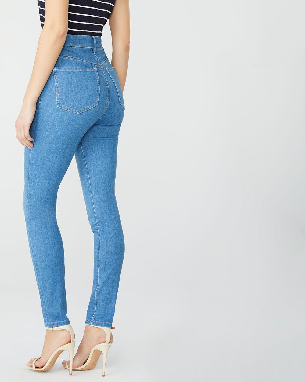 High-rise Curvy fit skinny jeans in Light blue wash