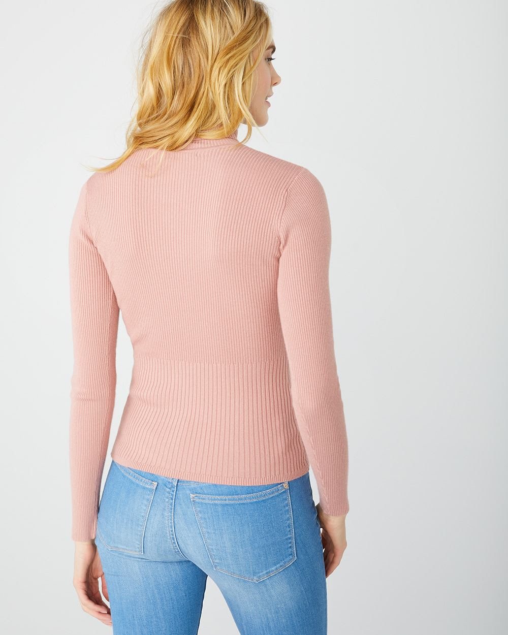 Fitted turtleneck sweater