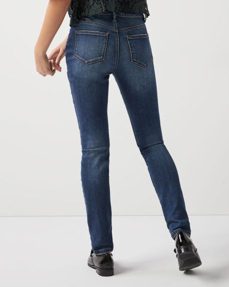 Mid-rise Skinny vintage wash jeans with shape refining pockets - 32'' inseam