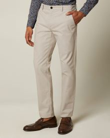 Slim fit two-tone jacquard chino pant
