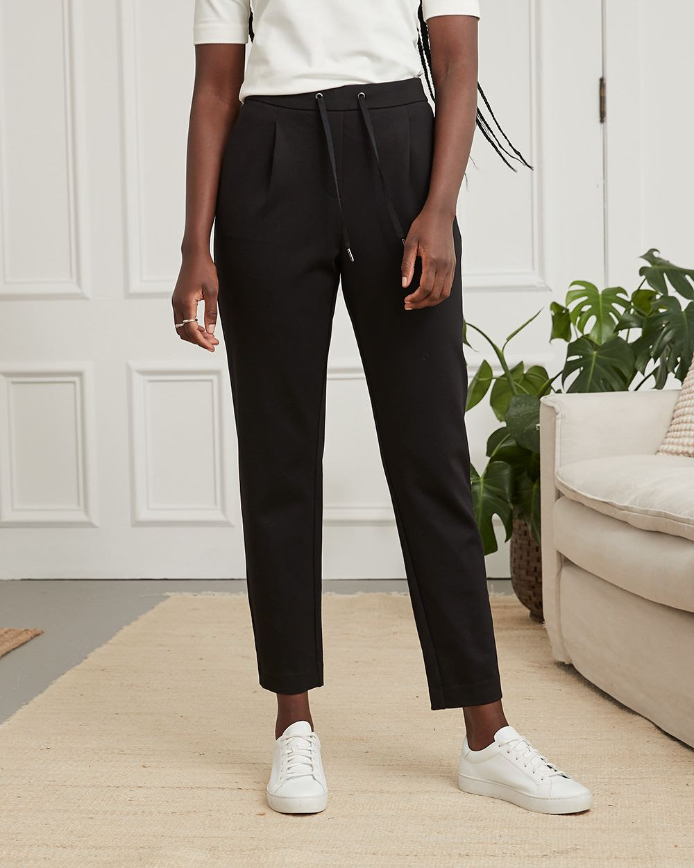 Knit Pleated Jogger with Drawstring