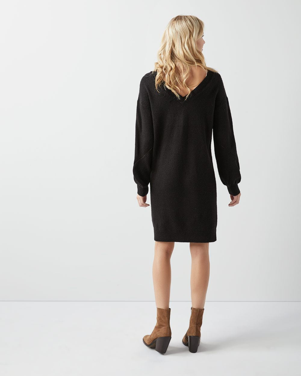 Spongy sweater dress with plunging back