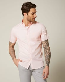 Tailored fit pink geo short sleeve shirt