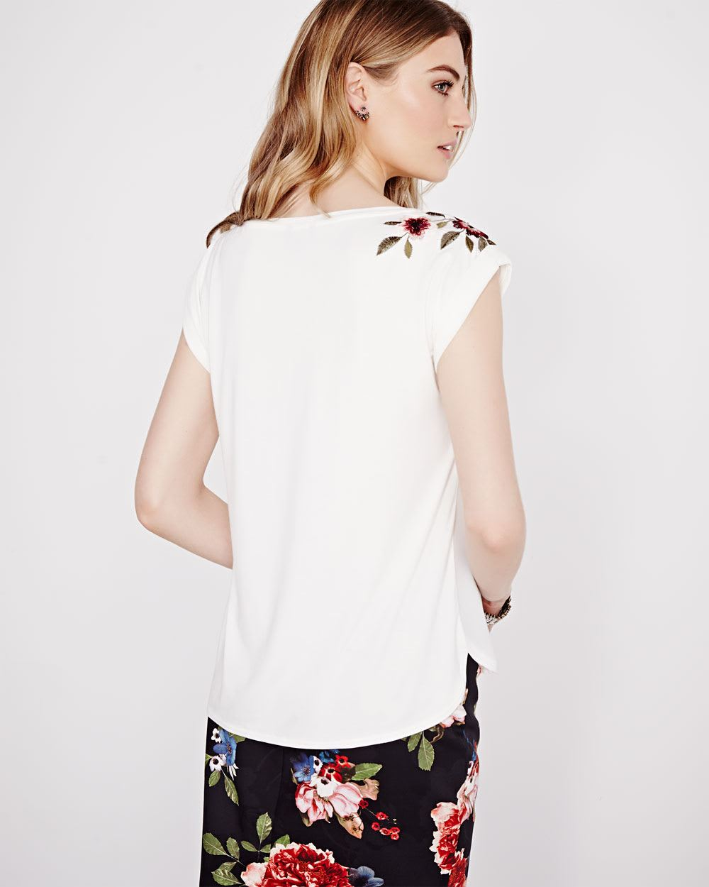 T shirt with embroidery rw co