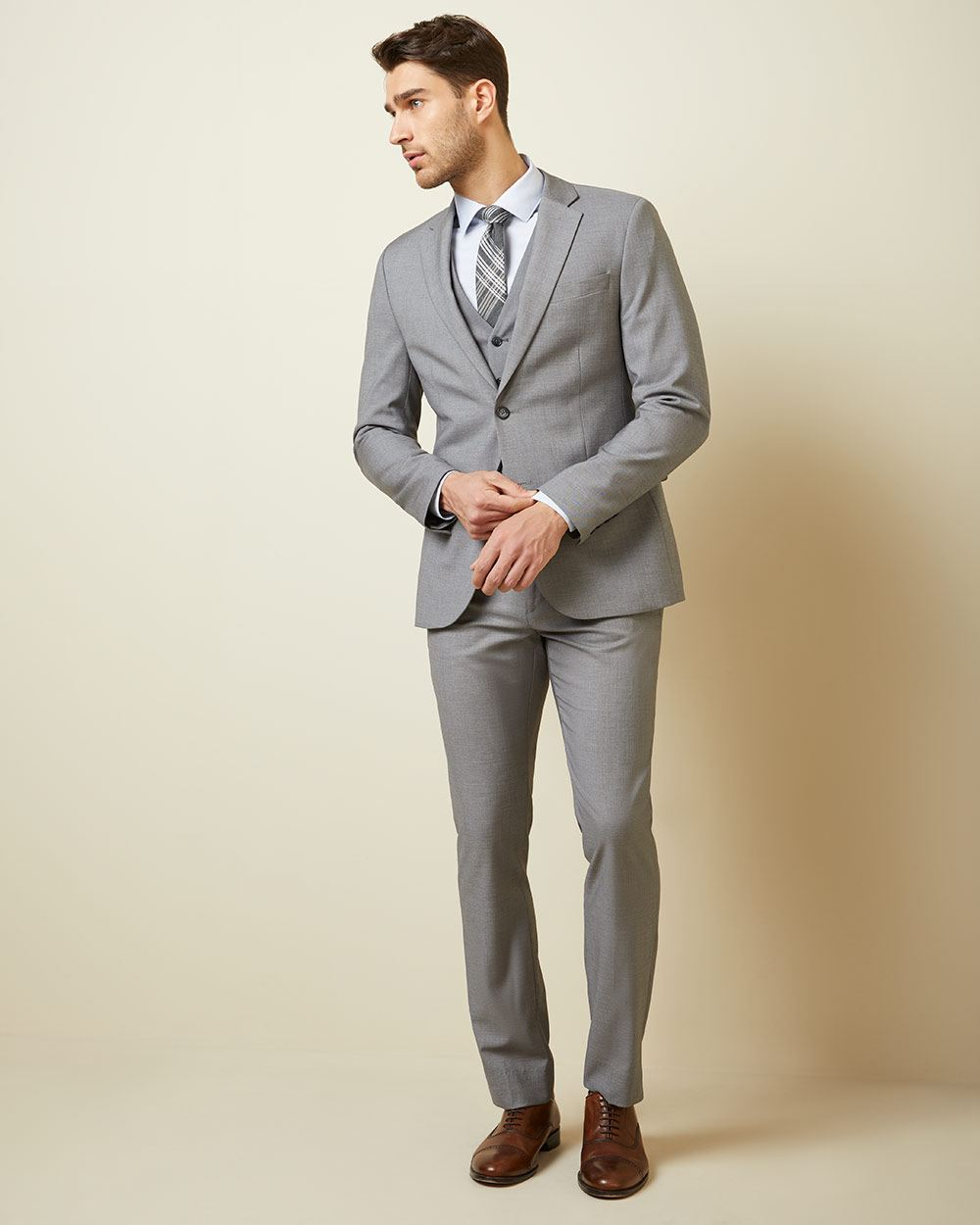 38b0aabb3e5 Essential Slim Fit stretch light grey suit Pant - 30'' | RW&CO.