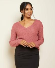 V-neck sweater with buttoned shoulders