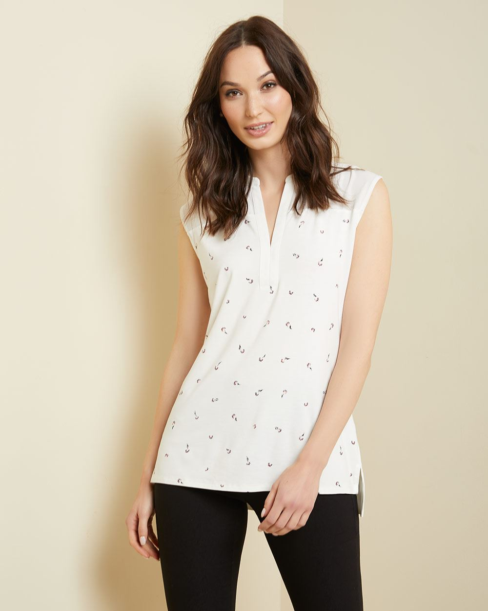 C&G Sleeveless henley mixed media tunic t-shirt