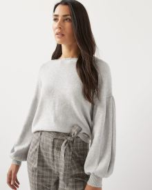 Puffy sleeve loose fit sweater