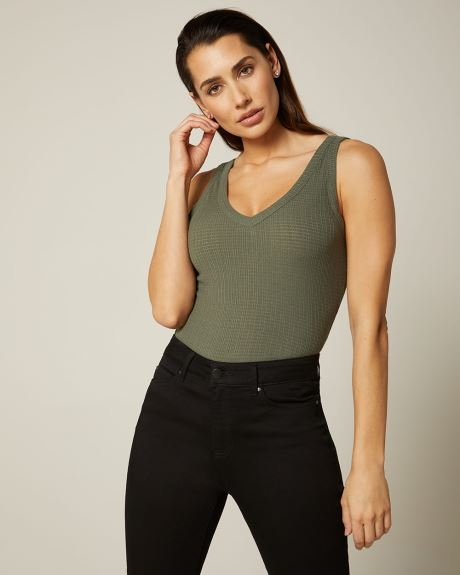 Rib knit V-neck cami