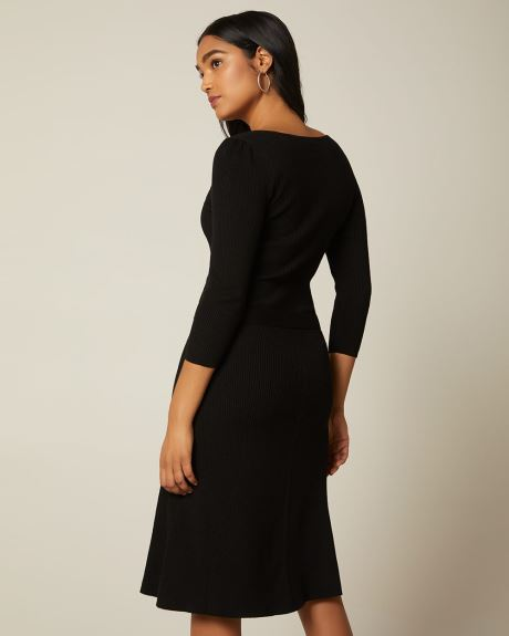 Fit and flare 3/4 sleeve sweater dress with belt