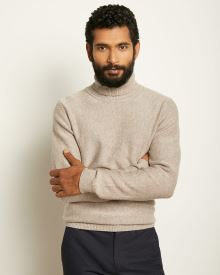 Twisted Yarn Turtleneck Sweater