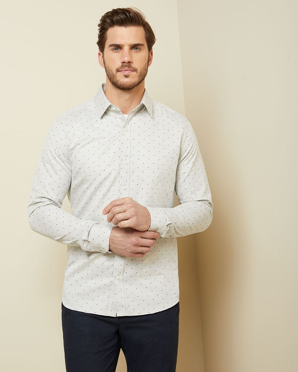 Tailored fit printed heather grey shirt