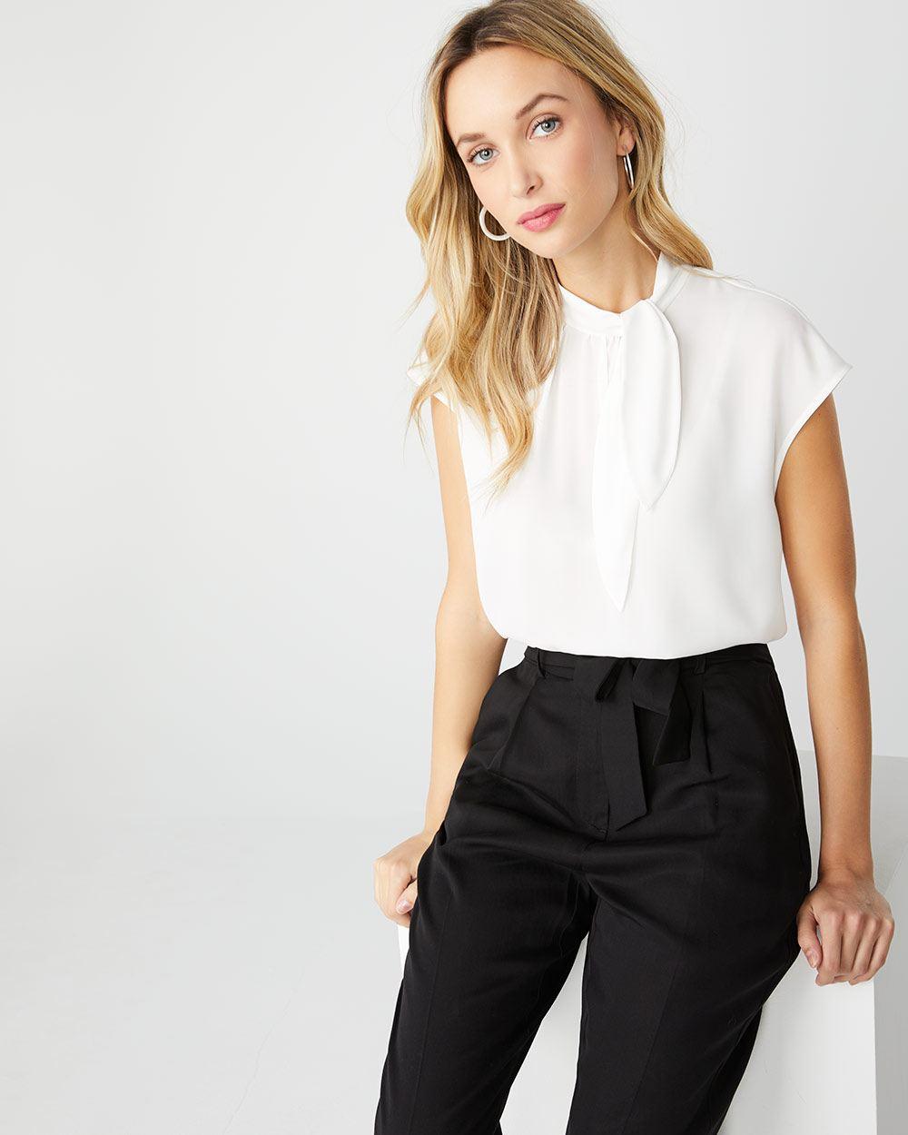 592824ed96571 White sleeveless mixed media t-shirt with bow