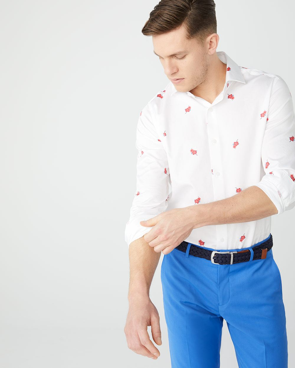 Tailored fit spread out floral dress shirt