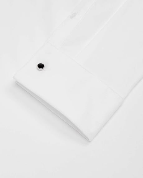 Slim fit dress shirt with black buttons and French Cuff