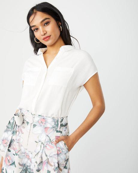 555ca02fd Short sleeve button-down blouse
