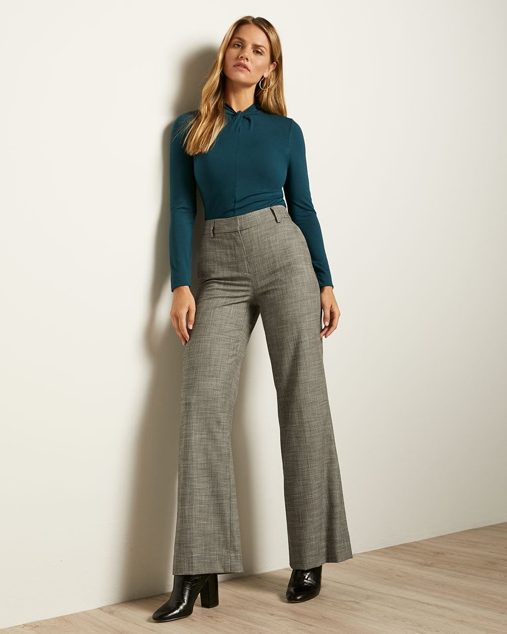 Houndstooth Flannel High-Waist Signature Fit Flare Leg Pant
