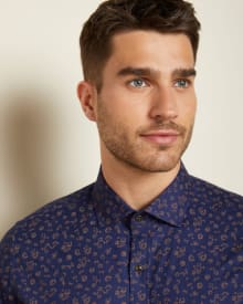 Tailored Fit navy floral shirt