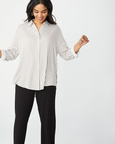 aeed078c93bdbc C G Striped button-down tunic blouse