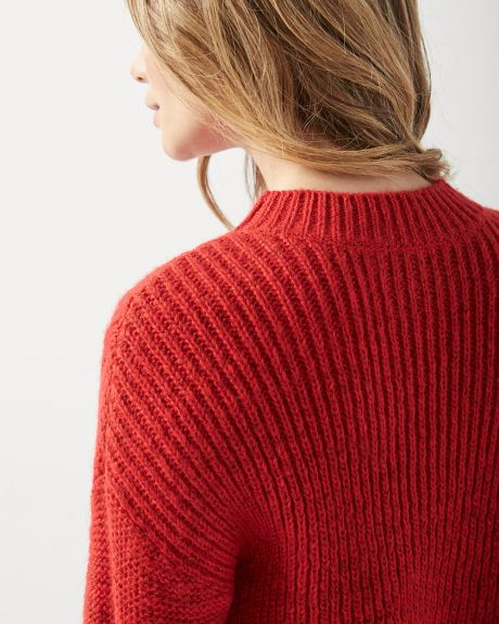 Loose fit Cable-knit sweater