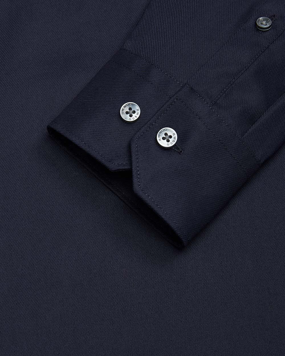 Tailored fit solid blue dress shirt