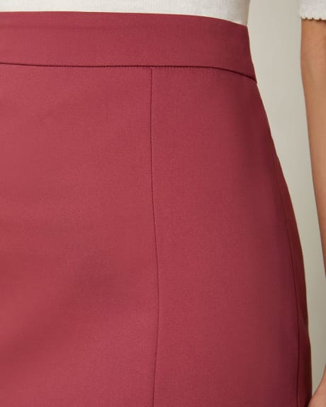 Modern Chic High-Waist Pencil Skirt with Slit