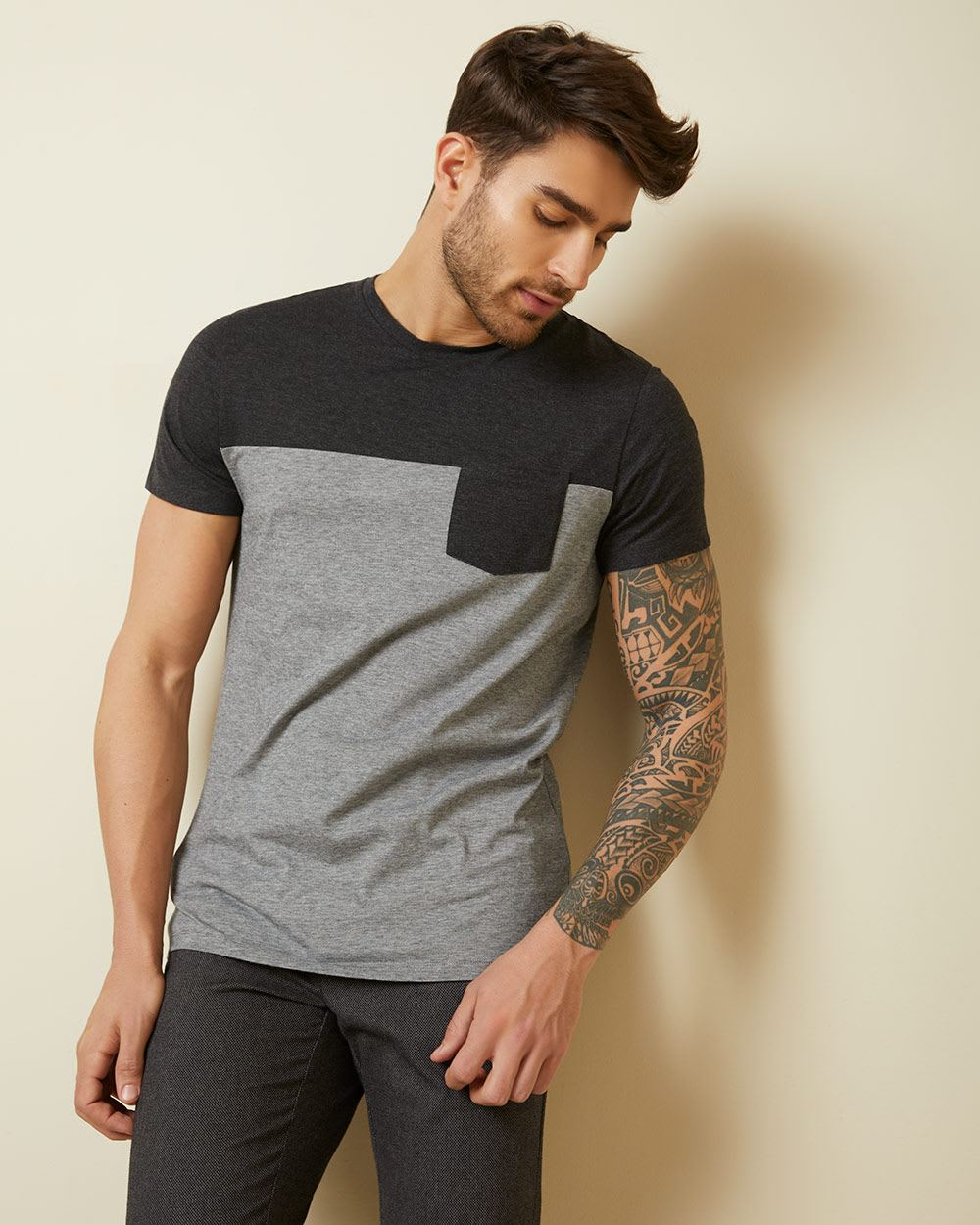 Colour block t-shirt with pocket
