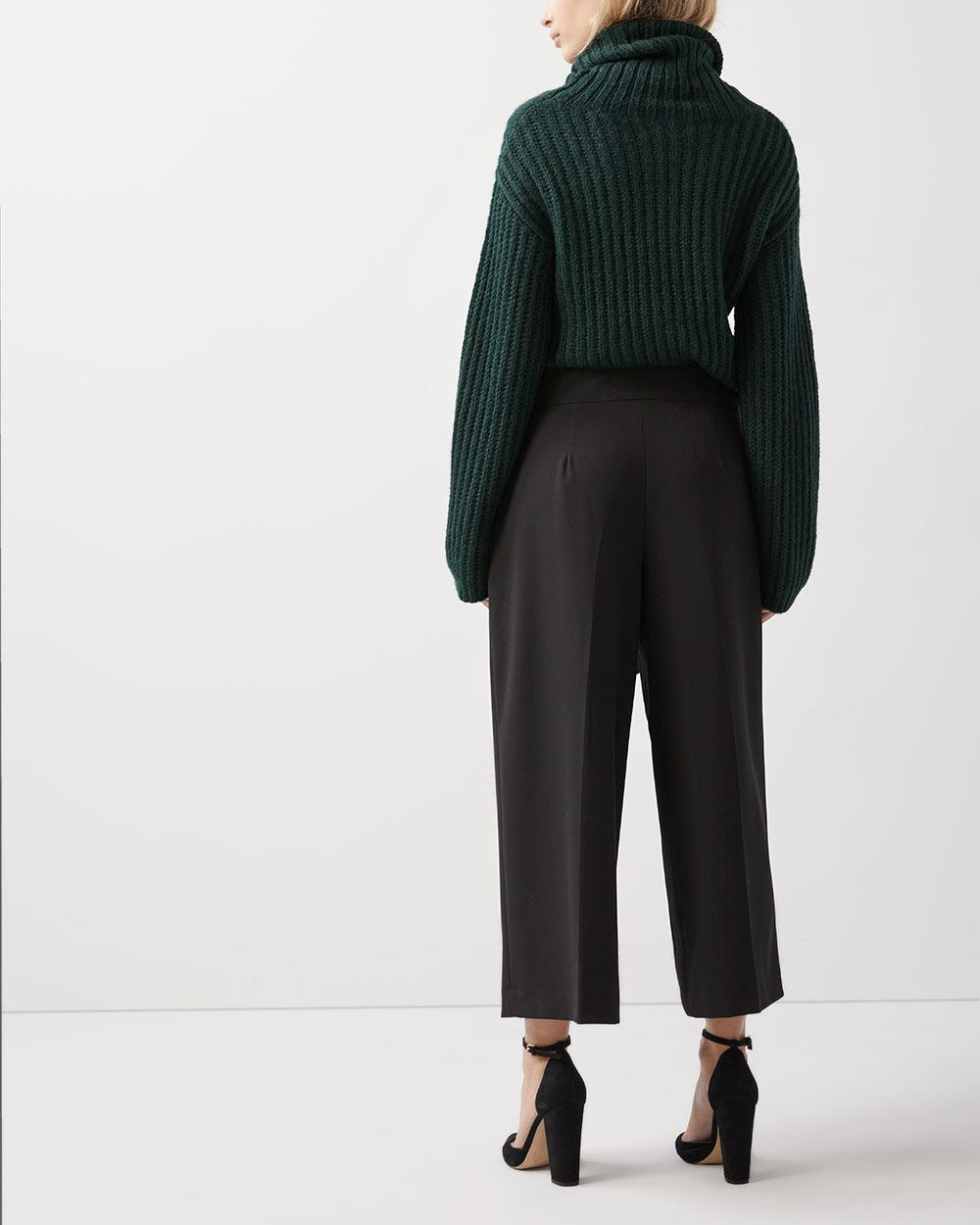 Wide crop leg pant with sash