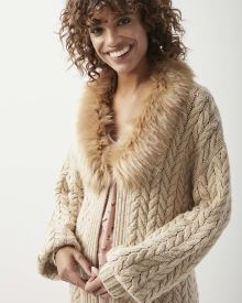 Cable knit loose-fit cardigan with faux fur collar