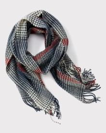 Houndstooth check scarf