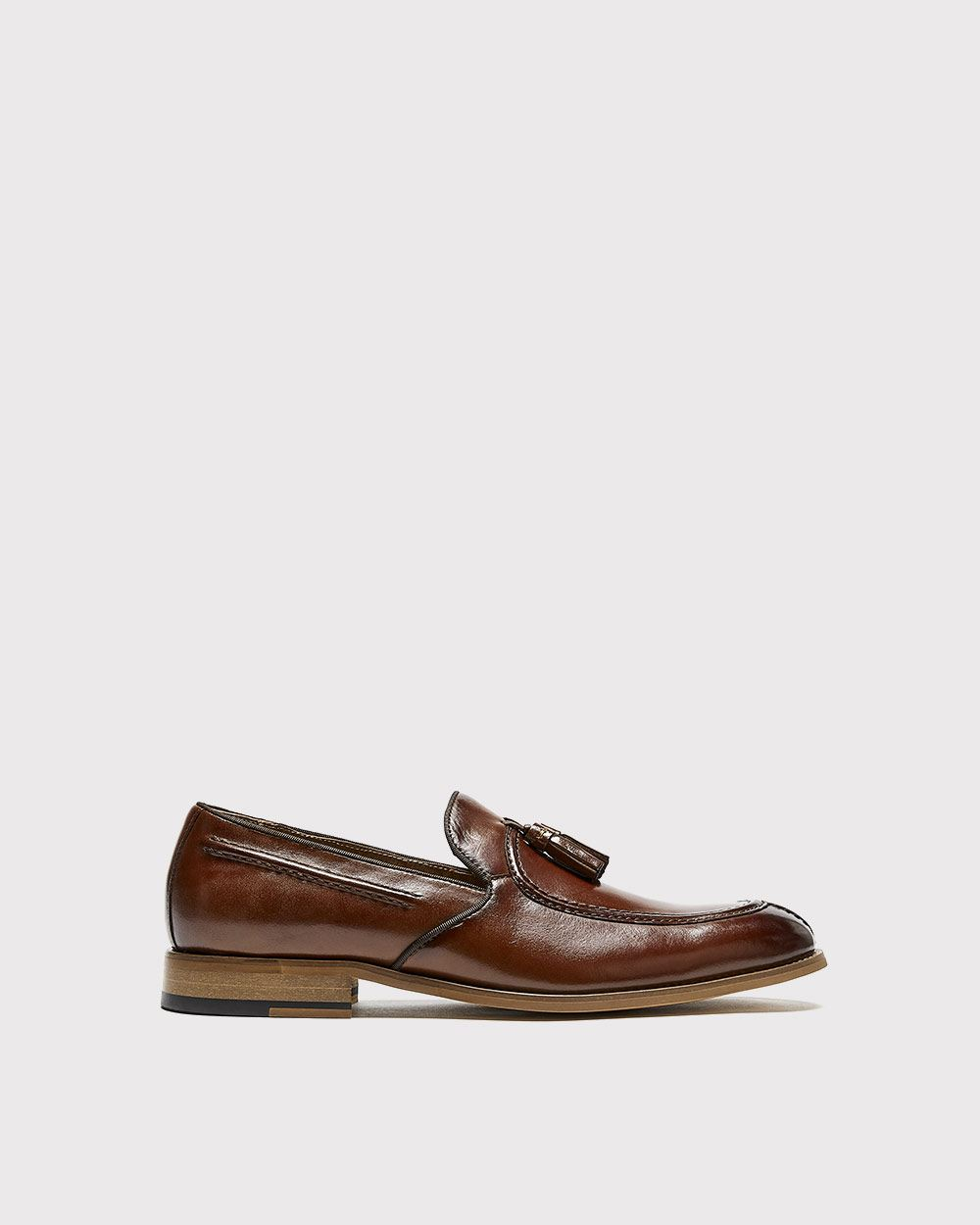 Stacy Adams (TM) Donovan leather loafer with tassels