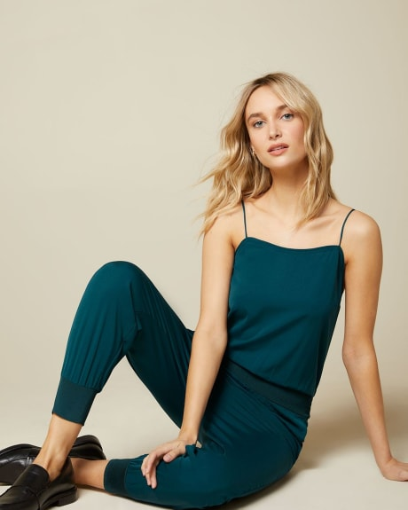 Sleeveless crepe jumpsuit