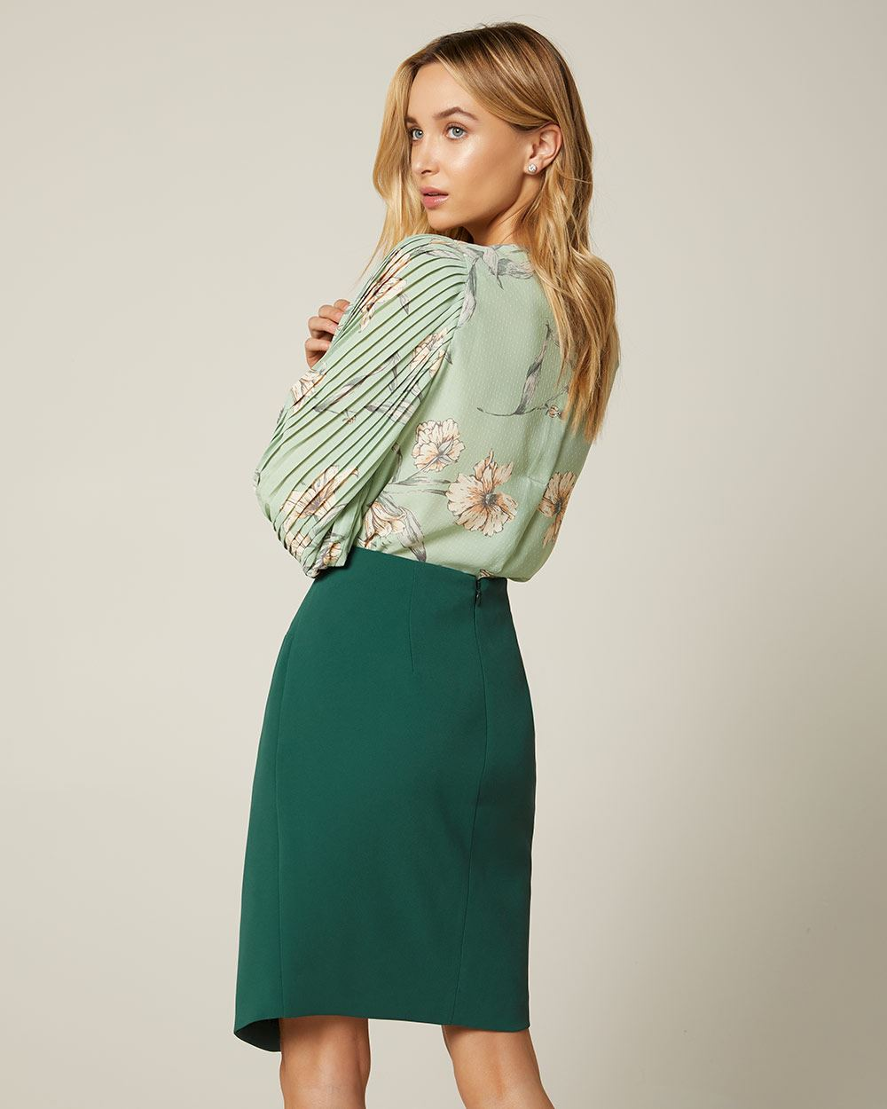 Knotted high-waist pencil skirt