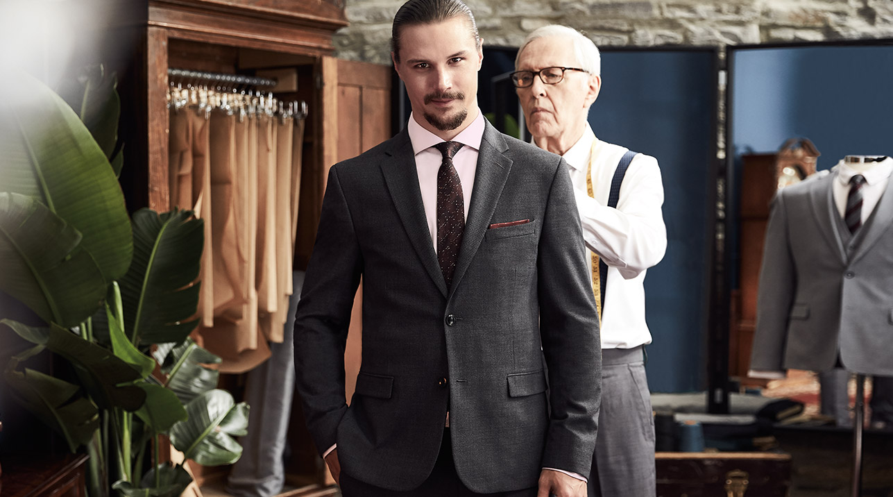 Erik Karlsson wearing a suit from RW&CO